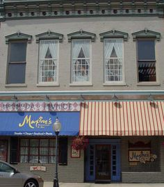 Maxine's ..219.872.4500 521 Franklin St Michigan City, In 46360  Live Music sometimes...