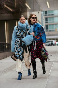 Looks Street Style, Autumn Street Style, Looks Style, New York Fashion Week Street Style, Cool Street Fashion, Street Chic, Nyfw Street, Look Casual, Casual Chic