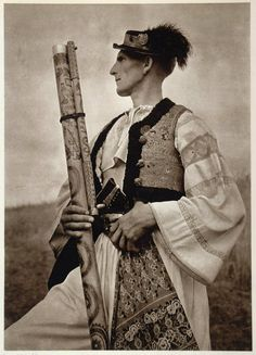 """slavic-roots: """" Vintage photo of a Carpathian shepherd from Slovakia with his fujara; a traditional woodwind instrument of the region """" Woodwind Instrument, Roman Artifacts, Music Festival Outfits, Music Painting, Old Music, Music Memes, Sound Of Music, Love And Light, Historical Photos"""