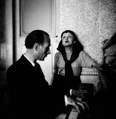 Edith Piaf, 1938. By Marcel Bolomet.