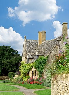 Chipping Camden Cottage,Gloucestershire The starting point for the Cotswold Way 104 miles to Bath
