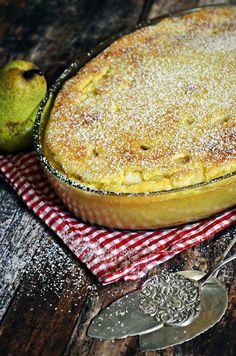 Tejbegríz felfújt körtével (bögrésen is) Hungarian Desserts, Hungarian Recipes, Sweet Desserts, Sweet Recipes, Delicious Desserts, Cookie Recipes, Dessert Recipes, Good Food, Yummy Food