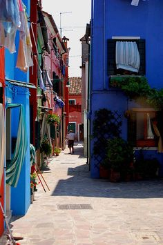 Burano, Italy (by maewe|tumblr)