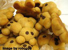 Teddy Bear cookies or breads Cookie Recipes, Snack Recipes, Snacks, Teddy Bear Cookies, Teddy Bears, Kids Party Supplies, Cookie Bars, Diy Food, Kids Meals