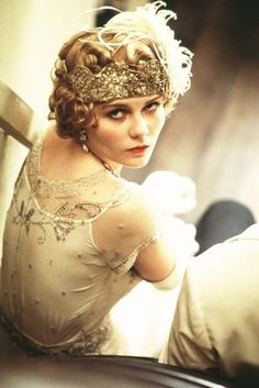 Kirsten Dunst as Mary Pickford in The Cat's Meow.