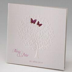 """Hochzeitseinladung """"Nala"""" - Originelle Hochzeitskarte mit einem geprägtem Baum aus Schmetterlingen"""