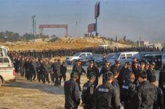 Alunos chineses são recrutados para fazer escolta em demolições na China