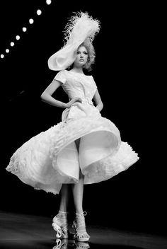 #AvantGardeWedding #AvantGarde #Avant #Garde #AvantWedding #WeddingIdeas #Wedding #Unique #Accessory #Dresses #UniqueWedding