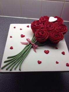 valentine cupcake bouquet | Valentines cupcake bouquet
