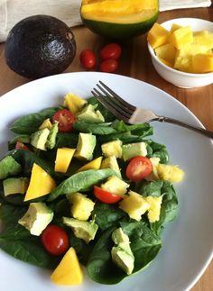 Healthy Glowing Green Salad #ontheblog #tworaspberries #healthy #vegan