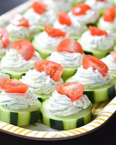 fresh Dilly Cucumber Bites make a great healthy appetizer. Cucumber slices are topped with a fresh dill cream cheese and yogurt mixture, and finished with a juicy cherry tomato. Light Appetizers, Bite Size Appetizers, Finger Food Appetizers, Healthy Appetizers, Appetizers For Party, Appetizer Recipes, Tomato Appetizers, Appetizer Ideas, Christmas Appetizers