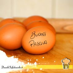 Auguro a Voi tutti, di trascorrere una Buona Pasqua Eggs, Breakfast, Food, Morning Coffee, Essen, Egg, Meals, Yemek, Egg As Food