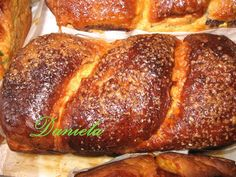 Reteta culinara Cozonac moldo-ardelenesc din categoria Prajituri. Cum sa faci Cozonac moldo-ardelenesc Romanian Food, Romanian Recipes, Pan Dulce, Sweet Memories, Cake Cookies, Nutella, Pesto, Banana Bread, French Toast