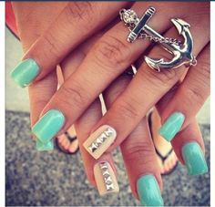 Summer nails but THE RING!!! ❤ THE RING