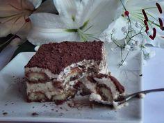Tiramisu - CAIETUL CU RETETE Tiramisu, Ethnic Recipes, Food, Sweets, Essen, Meals, Tiramisu Cake, Yemek, Eten
