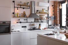 Светлый лофт для холостяка и его питомцев – Красивые квартиры