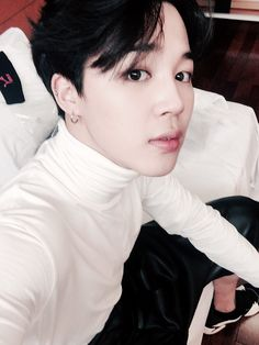Jesus stop trying to kill us park jimin you dangerous man how can you wear a turtle neck I'm gonna have a heart attack