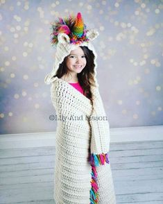 Unicorn Crochet Pattern - Hooded Unicorn Blanket