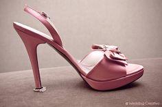 Bride's #pink #wedding #shoes