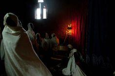 Lalibela, Iglesia de San Gabriel. A la sombra de Dios