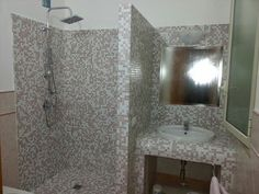 Nicchie bagno ~ Arredare un bagno in blu arredare il bagno in blu e tortora