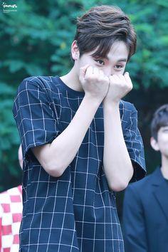 Seventeen Seungkwan - Born in South Korea in Woozi, Wonwoo, Jeonghan, Block B, Vixx, Monsta X, Boo Seungkwan, Vernon Hansol, Joshua Hong