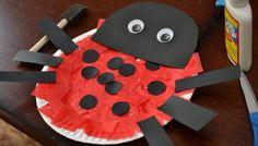 Ladybug Paper Plate {Kid Craft}
