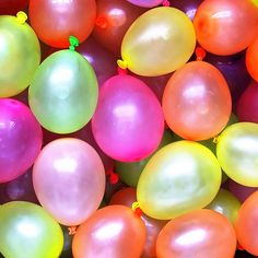 """Amazon.com: Cool & Fun {100 Count Pack} of 3"""" - 6"""" Inch """"Standard Size"""" Water Balloon Bomb Grenades Made of Latex Rubber w/ Vibrant Basic Mixed Variety Design {3 Random Colors} w/ Screw on Hose Attachment: Toys & Games"""