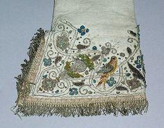 Gloves (image 2) | British | 17th century | leather, metal thread, silk | Metropolitan Museum of Art | Accession #: C.I.40.194.31a,b