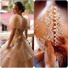 By Veluz --- very nice Filipiniana gown Modern Filipiniana Gown, Filipiniana Wedding Theme, Wedding Gowns, Barong Wedding, Maria Clara Dress Philippines, Filipino Fashion, Philippine Fashion, Debut Gowns, Filipino Wedding
