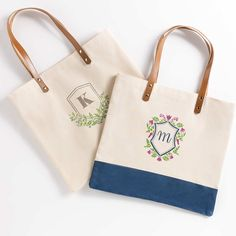 DIY Monogram Crest Canvas Tote Bags - Project | Plaid Online Martha Stewart Stencils, Adhesive Stencils, Diy Monogram, Acrylic Craft Paint, Letter Stencils, Paint Drying, Mothers Day Crafts, Wedding Frames, Diy Craft Projects