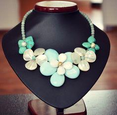 Jarní náhrdelník z minerálů