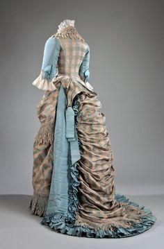 Dress 1873