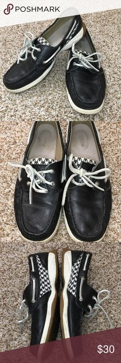 Houndstooth Sperry Top Siders These Sperry Top Siders are slightly used, no defects/damages. Size 9.5 but fits like a 10. Slight wear inside the shoe (the logo is wearing off), a little dirt on the soles, and worn in at the leather (so no pinching! Yay!) Sperry Shoes Flats & Loafers