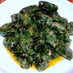Nettle gnocchi dressed with thyme butter