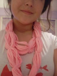 8 simple ways to make variations of T-shirt scarf