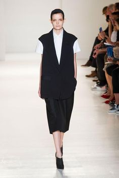 Victoria Beckham Spring/Summer 2014  #victoriabeckham #nyfw #mbfw #springsummer #fashionweek #catwalk #runway #2014 #ss14 #model #fashionshow #fashion