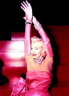 "Marilyn Monroe en ""Los caballeros las prefieren rubias"" (Gentlemen Prefer Blondes), 1953"