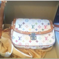 With receipt authentic Louis Vuitton Sologne bag Authentic bag. Pen mark inside. This was shipped to LV to replace clasp. Receipt in additional pics. Comes with receipt of repair, dust bag and box Louis Vuitton Bags Crossbody Bags