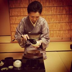 Top class service #foodie#kikunoihonton#japan#kyoto#kaiseki by baxteevalentine