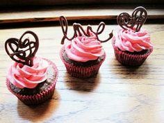 Blog La Pequetita: Faça Você Mesmo ROSAS VAZADAS Para Decorar Cupcakes |  Cakes | Pinterest | Cupcakes And Blog