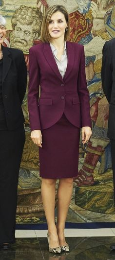Queen Letizia looked elegant in the skirt suit by one of her favorite designers, Hugo Boss. The separates consisted of the Jamayla blazer with a matching Valessima skirt and her favorite pair of snakeskin high heels.