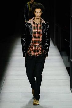 NYFWM: Bottega Veneta Autumn/Winter 2018 Collection  ||   http://pausemag.co.uk/2018/02/nyfwm-bottega-veneta-autumnwinter-2018-collection/?utm_campaign=crowdfire&utm_content=crowdfire&utm_medium=social&utm_source=pinterest