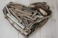 These handmade Driftwood Hearts are adorable. Perfect door decor Measures Approximately: 15 Each piece is unique by design. Custom order sizing is also available. Diy Wall Art, Wood Wall Art, Seaside Home Decor, Local Artists, Driftwood, Firewood, Crafts To Make, Artisan, Craft Ideas
