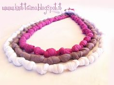 TUTORIAL T-SHIRT YARN NECKLACE http://knittiamo.blogspot.it