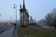 Tower Bridge, Destinations, Lovers, Film, Travel, Potsdam, Movie, Viajes, Film Stock