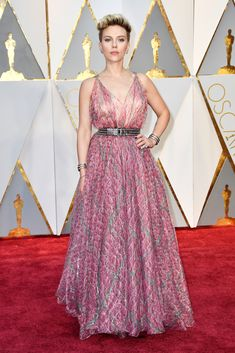 Scarlett Johansson - Best Dressed at the 2017 Oscars - Photos