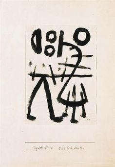 Klee groeide op in een muzikale familie, was zelf violist maar koos toch voor de beeldende kunst. Paul Klee begon al vroeg met viool spelen en toen hij 11 jaar was werd hij al lid van een groot orkest! Daarbij tekende en dichtte hij ook nog maar zijn ouders schonken niet veel aandacht aan zijn tekentalent.