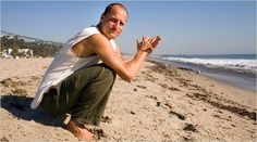 Woody Harrelson: one of 10 famous men who practice yoga