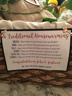 "Unique yet ""Traditional"" Housewarming Gift Idea Looking for a perfect, eye-catching, housewarming gift for your family or friend? Look no further with this unique yet ""traditional"" housewarming gift idea. Creative Gifts, Cool Gifts, Unique Gifts, Best Gifts, Traditional Housewarming Gifts, Housewarming Gift Baskets, Homemade Housewarming Gifts, Housewarming Party Games, Best Housewarming Gifts"